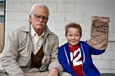 Jackass presents: Bad Grandpa - Der zügellose Lustmolch erobert die Kinocharts!