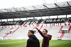 """""""Gamer meets Fußballprofi"""" am Millerntor: congstar bringt FIFA-Gamer und FC St. Pauli-Spieler zusammen"""