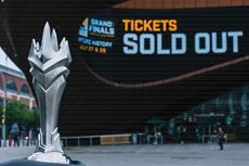 London Spitfire geht als Meister der Eröffnungssaison der Overwatch League in die Geschichte ein